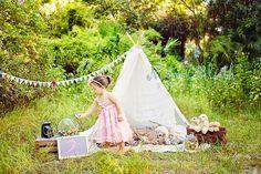 Boca Raton child family photographer Naomi Bluth teepee