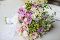 Bouquet Luana por Katia Criscuolo #casamento #wedding #bouquetdecasamento #weddingbouquet #beachwedding #inspirationwedding #flores #flowers