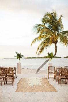 I love simple!!! one day God will grant me this!!        Beautiful and simplistic beach wedding ceremony | Photo by KT Merry