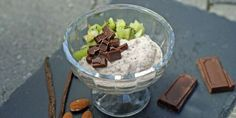 Vanilje chiapudding på 1-2-3 – Berit Nordstrand Chia Pudding, Something Sweet, Acai Bowl, Smoothie, Sugar, Breakfast, Healthy, Desserts, Food