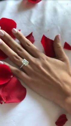 Catherine Paiz engagement ring  w e d d i n g  Pinterest