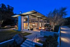 The interconnection with outdoor and garden and home.  - Ladera's Residence by Barton Myers Associates   DesignRulz.com