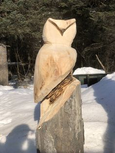 Owl - time at chainsaw carving Beginner Woodworking Projects, Teds Woodworking, Woodworking Crafts, Tree Carving, Pumpkin Carving, Chainsaw Wood Carving, Wood Carvings, Wood Carving For Beginners, Best Table Saw