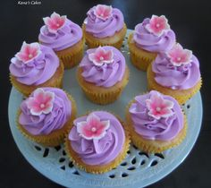 vanilla cup cakes with musk butter cream