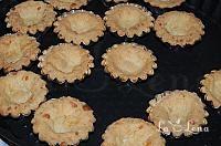 Mini tarte, pentru salate, din aluat cu cascaval - LaLena.ro Pie