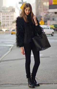 Street Chic: New York What: Enhance a monochrome look with mega-volume outerwear. Wear: Zara coat, J Brand jeans, Dr. Marten boots www. Looks Street Style, Looks Style, Looks Cool, Look Fashion, Womens Fashion, Fashion Trends, Street Fashion, Fashion Fall, Latest Fashion