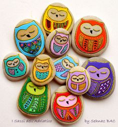 5 Hand Painted Stone Owls by ISassiDellAdriatico on Etsy