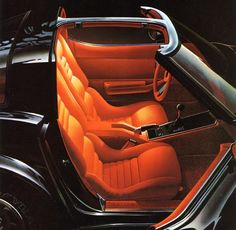 lil black corvette  ... my mom's always had vettes ... <3 <3 <3