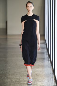 See the complete Gabriele Colangelo Spring 2018 Ready-to-Wear  collection.