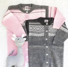 Ulltøy til baby og barn Kids And Parenting, Twins, Kids Fashion, Sweaters, Baby, Style, Gemini, Child Fashion, Pullover