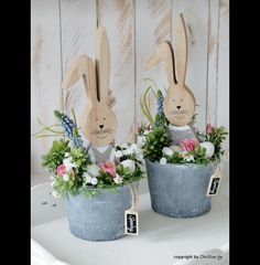 Account suspendedDecorative objects - Easter bunny spring arrangement - a designer piece by ChriSue at . - Anna - Anna be ChriSue DekoObjekte DesignerstückBed spring ornament displaybed spring ornament display, christmas decorations, seasonal holiday Spring Projects, Easter Projects, Spring Crafts, Holiday Crafts, Easter Art, Hoppy Easter, Easter Crafts, Easter Bunny, Easter Flower Arrangements