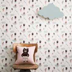 ferm_wallpaper_kite_white_in_a