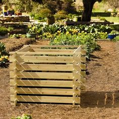 Simply Natural Compost Bin. Great for when a smaller size is needed.
