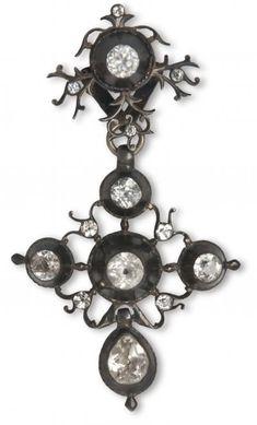 croix de Saint Lô, argent et strass - bijou normand