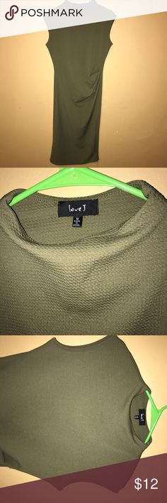 Body con army green dress Has small tear at bottom of dress shown in picture Dresses Midi