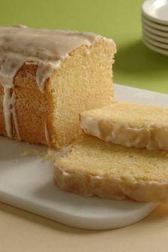 Ein schneller Kastenkuchen mit Eierlikör zum Kaffeetrinken