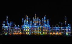 How to Decorate a Chateau for Christmas