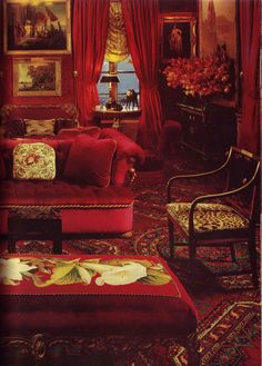 Oscar de La Renta's New York apartment by Denning & Fourcade, ca. 1980s.