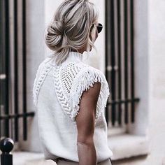 For when your love of knits starts to creep into your summer wardrobe. Inspiration and pic from @hunterandchase They say it's #allinthedetails and that is certainly true for this beauty!!