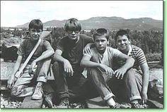 STAND BY ME --narrator RICHARD DREYFUS--Cast Will Wheaton, Cory Feldman, River Phoenix & Jerry O' Connell.