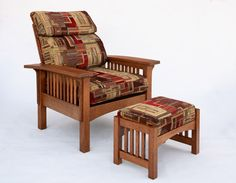 Morris Chair and Ottoman in 1/4-Sawn White Oak with English Oak Finish