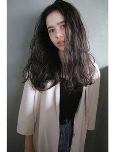 ナヌーク 渋谷店(nanuk) 【nanuk】赤みのないライトブラックカラー◇毛先重めロングヘア