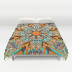Star shape kaleidoscope with playful patterns Duvet Cover