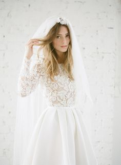 White Ivory Lace Flower Girl Dresses 2017 Tank Long Girls First Communion Dress Pagaent Dress vestidos primera comunion 2016 from Reliable dresses plus size girls suppliers on Bright Li Wedding Dress Wedding dresses - Fashiondivaly Perfect Wedding, Dream Wedding, Wedding Day, Rustic Wedding, Church Wedding, Wedding Anniversary, Wedding Engagement, Summer Wedding, Wedding Events
