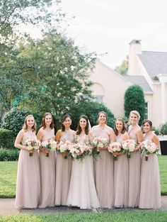 A Florida garden wedding inspired by French impressionist paintings and tea parties Neutral Bridesmaid Dresses, Beautiful Bridesmaid Dresses, Bridesmaids And Groomsmen, Neutral Wedding Colors, Mauve Wedding, Rose Wedding, Wedding Flowers, Wedding Film, Wedding Blog