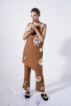 Ports 1961 Spring 2016 Ready-to-Wear Fashion Show