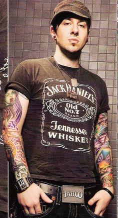 Images of Avenged Sevenfold.~ Zacky Vengeance