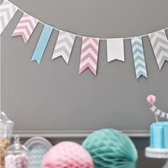 Our 'Chevron Divine' collection has a selection of pastel pink and blue chevron decorations, perfect for your baby shower. From chevron divine paper cups to treat tubs, add a touch of class to your party. Papel Chevron, Chevron Azul, Chevron Paper, Paper Bunting, Bunting Flags, Green Chevron, Wedding Venue Decorations, Paper Decorations, Birthday Party Decorations