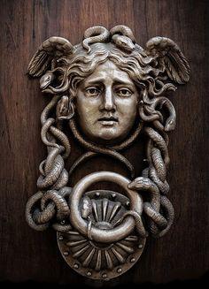 Medusa Door Knocker. the Ministero della Difesa. Italy. Door Knockers Unique, Door Knobs And Knockers, Knobs And Handles, Door Handles, Door Accessories, Antique Doors, Door Furniture, Doorway, Medusa