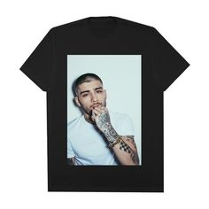 Welcome to the Zayn Malik Official Store! Shop online for official Zayn merchandise. Zayn Malik Merch, Kanye West, Justin Bieber, Things To Buy, Stuff To Buy, 2 Photos, Harry Styles, Celebrity Style, Drop