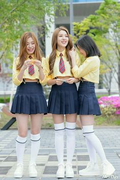 Pin on ◇ Proyect Sup ◇ Korean Outfits School, School Uniform Outfits, Cute School Uniforms, School Dresses, School Girl Outfit, Girls Uniforms, Girl Outfits, Cute Outfits, Fashion Outfits