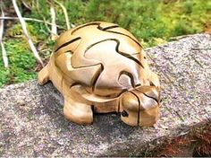 How to Make a 3D Wood Turtle Puzzle : Decorating : Home & Garden Television