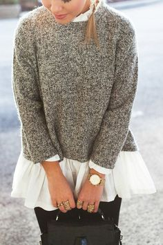 Frilled Collar Spliced Sweater