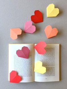 DIY Origami Heart Bookmarks via schaeresteipapier Easy Crafts For Kids, Craft Activities For Kids, Projects For Kids, Diy For Kids, Crafts To Make, Fun Crafts, Paper Crafts, Craft Party, Diy Party