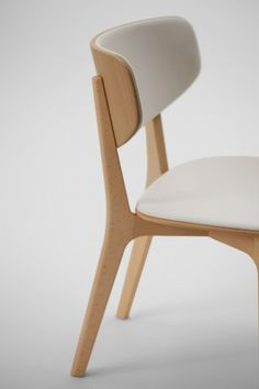 Armless chair (Cushioned) / Roundish - Naoto Fukasawa