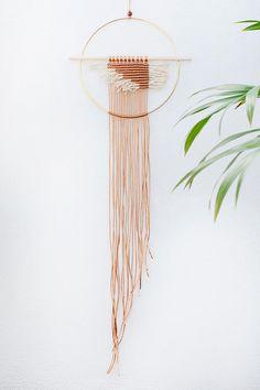 Gorgeous 100+ Wall Hanging Decor Ideas https://architecturemagz.com/100-wall-hanging-decor-ideas/