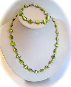 Luminous Green Cats Eye Cabochon Bracelet by WOWTHATSBEAUTIFUL