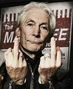 🆘️💣🔥🎸Charlie Watts of Rolling Stones 😎👅👍 Rock And Roll Bands, Rock Bands, Rock N Roll, Los Rolling Stones, Like A Rolling Stone, Comme Des Freres, Rollin Stones, Charlie Watts, Charlie Charlie