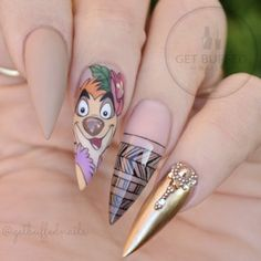 """Timon Nail Art Inspired by Disney's """"The Lion King"""" - Trend Haarstyling Männer Feines Haar 2019 Disney Acrylic Nails, Disney Nails, Cute Acrylic Nails, Nail Swag, Lion King Nails, Lion Nails, Nail Art Dessin, Acrylic Nails Natural, Manicure"""
