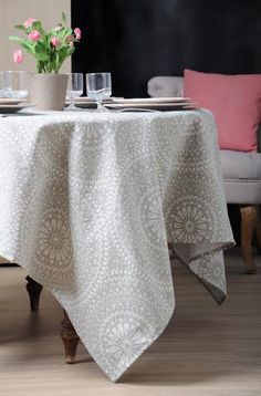 Stof - Nappe enduite ARABIK - 90% Coton 10% Polyester Ottoman, Dining Table, Organization, Table Decorations, Chair, Polyester, Furniture, Home Decor, Tablecloths