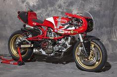 Ducati Pantah 600 Cafe Racer - XTR Pepo. Una personalización que derrocha deportividad por todas partes. Entra y disfruta de las fotos de esta burra.