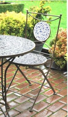Aged-Ceramic-Garden-Table-and-2-Chairs