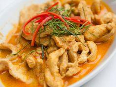 Poulet au curry et noix de coco  : Recette de Poulet au curry et noix de coco  - Marmiton