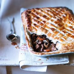 Traditional steak & mushroom pie