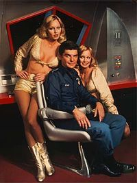 "damsellover: ""The Barnstable twins, Cyb and Patricia with Richard Benjamin in the short lived sci fi spoof from the Quark. Science Fiction, Fiction Film, Sci Fi Movies, Movie Tv, Twin Models, Sci Fi Tv Series, Sci Fi Shows, Space Girl, Space Tv"