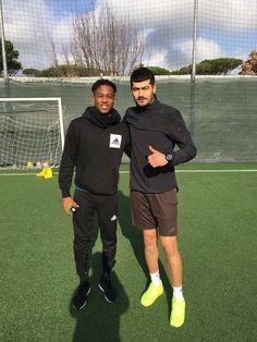 """""""Il pallone gonfiato"""", Newcastle: riabilitazione per Rolando Aarons"""